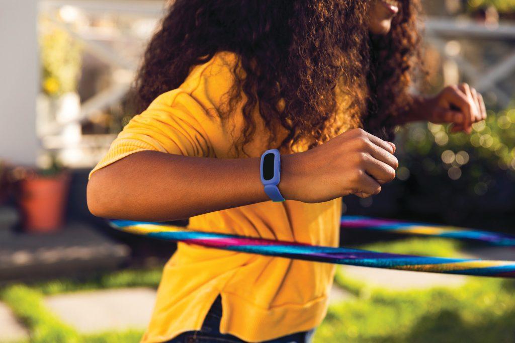 fitbit-ace-3-tijdens-beweging-beschermd
